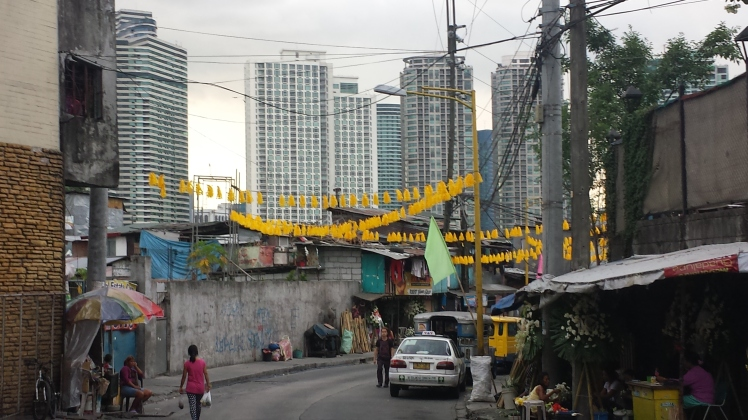 Barely a kilometre away, yet a new development like Rockwell is far removed from the lower-middle class houses in Guadalupe.